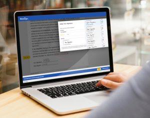 Widok programu docusign na laptopie